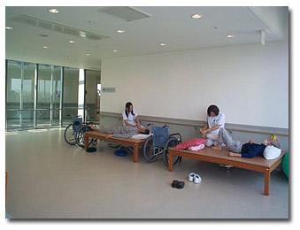各病棟には、リハビリスペースを設けています。